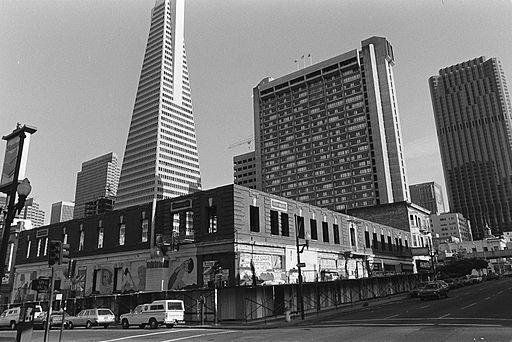 International Hotel 1977