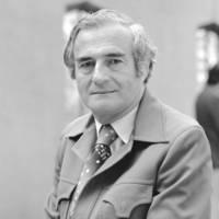 Chancellor Robert L. Sinsheimer, 1977