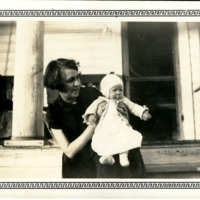 Jean Harmon with her mother Janette Smith.